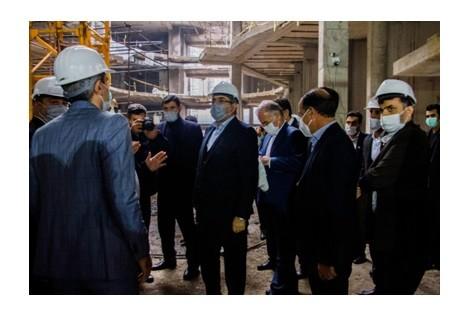بازدید دبیر شورای عالی منطقه آزاد از شهرک ویلایی آرش