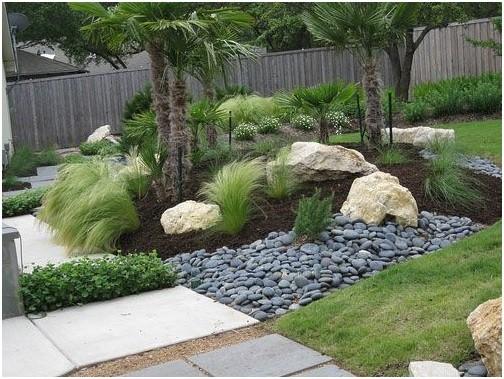 تزیین باغ با سنگ