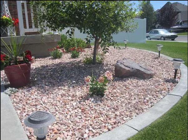 تزیین باغ با قلوه سنگ