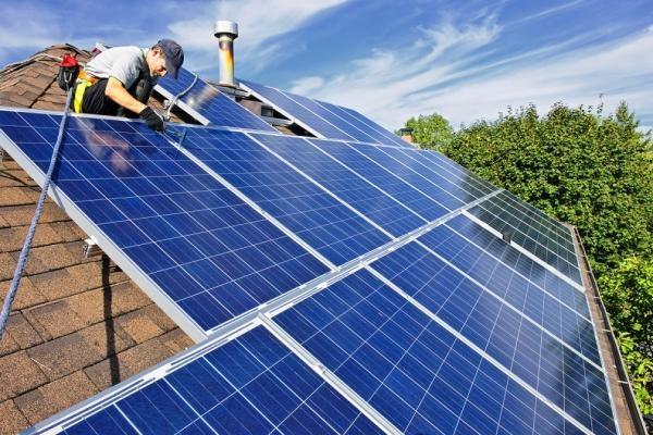 آبگرمکن خورشیدی  چیست؟ انواع آبگرمکن خورشیدی | مزایا و کاربرد آن