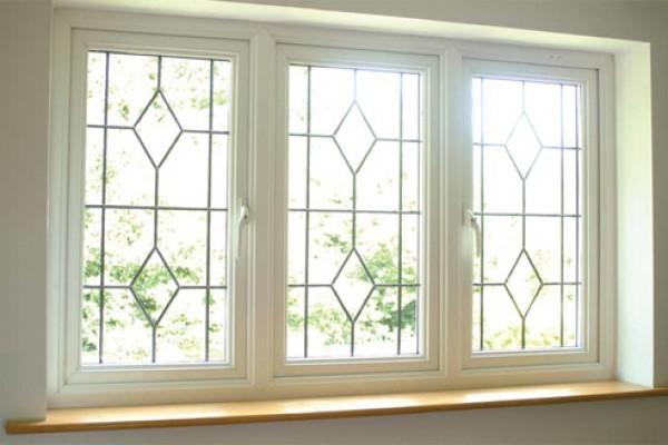 شرکت چهلستون تولید کننده انواع درب و پنجره