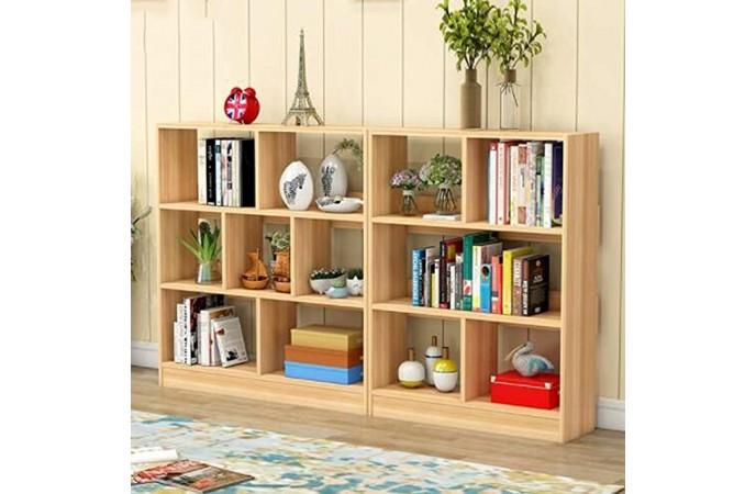 قفسه کتاب در اتاق نشیمن