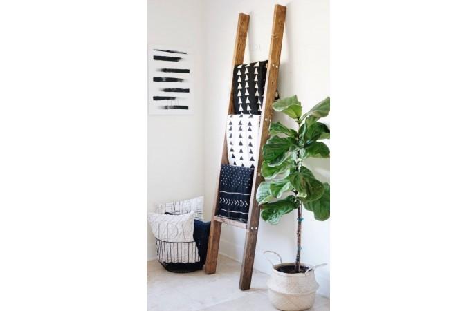 شال مبل برای دیزاین روی نردبان